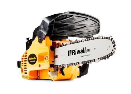 Riwall PRO RPCS 2530 Reťazová píla s benzínovým motorom