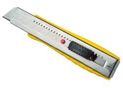 Stanley 0-10-431 Nôž FatMax kovový s odlamovacou čepeľou 25mm